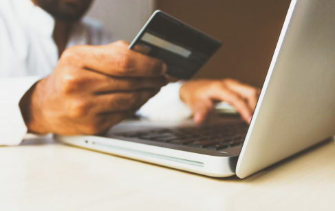 How e-Commerce Could Change in 2021: Top 7 Expert Predictions