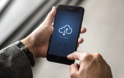 Overcoming Cloud Computing Security Challenges to Extract Maximum Cloud Benefits