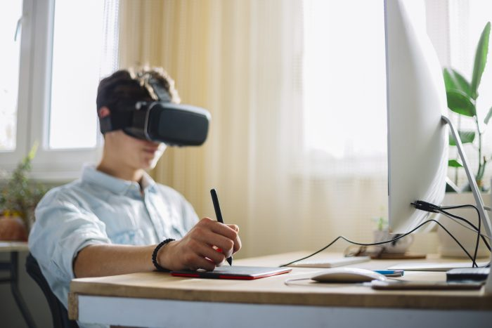 4 Ways Companies Can Leverage VR to Build Staff's Soft Skills